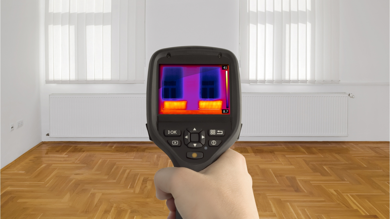 Thermal Imager Pointing At Windows In Room